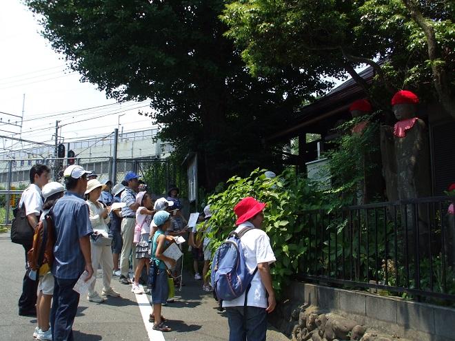 子ども日野宿発見隊-坂下地蔵尊 2010-07-24